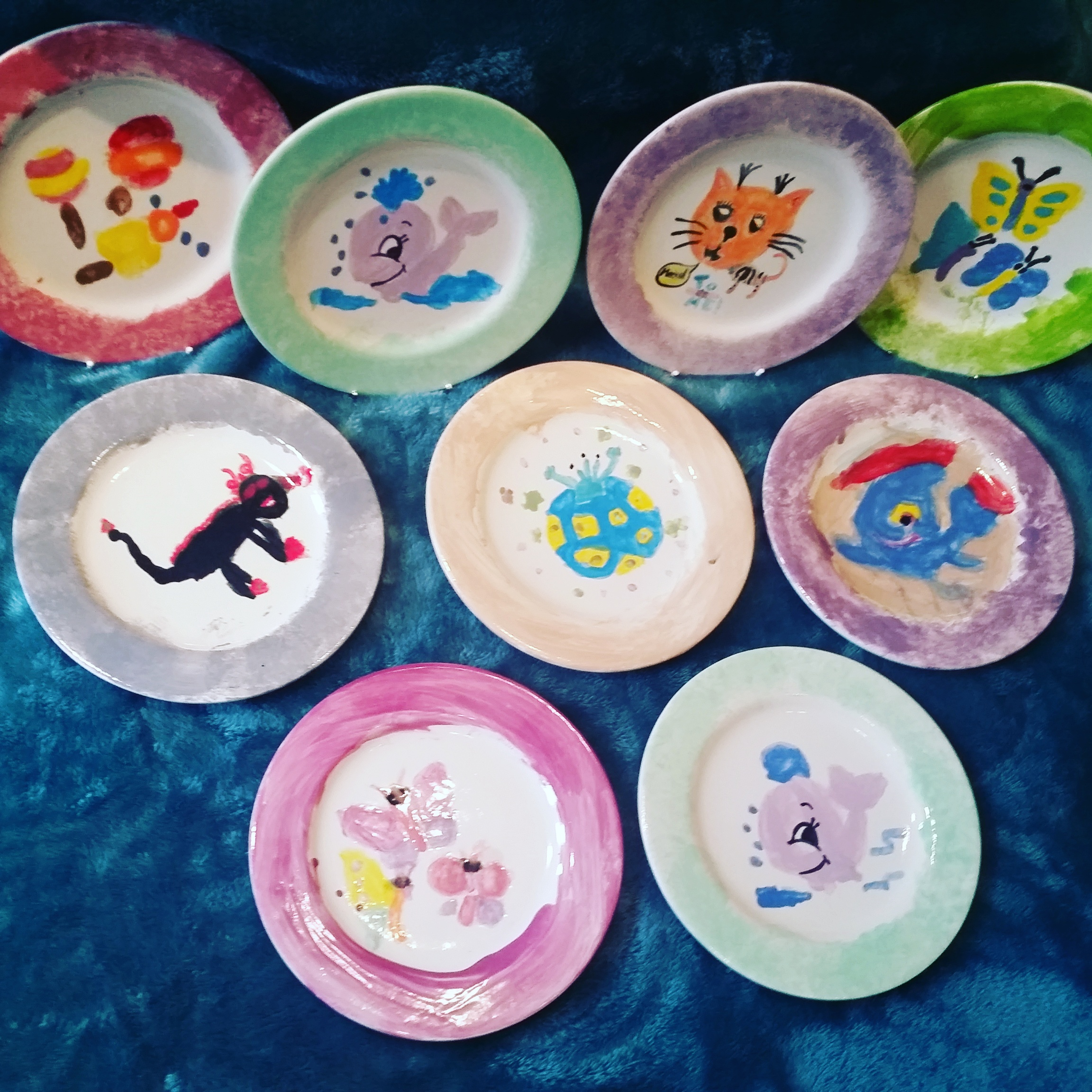 Flying_Colours_Pottery_painting_childrens_parties_party_plates_Bromley